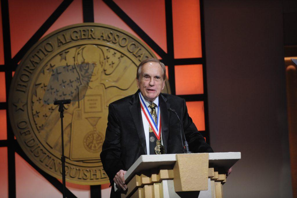 Don Daseke Accepts Horatio Alger Award